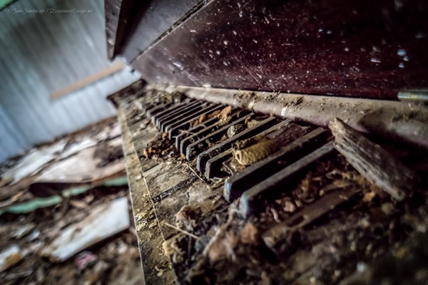 Random Image Of The Week 43 Abandoned Upright Piano